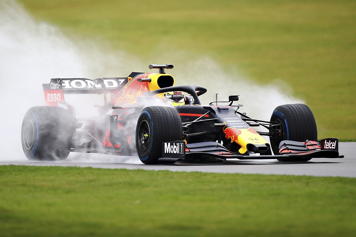 "Perez at the wheel of a Red Bull: ""A dream come true"" - Motor Informed"