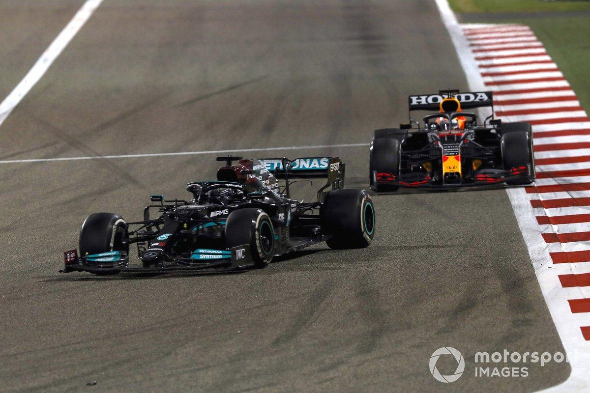 Lewis Hamilton, Mercedes W12 Max Verstappen, Red Bull Racing RB16B
