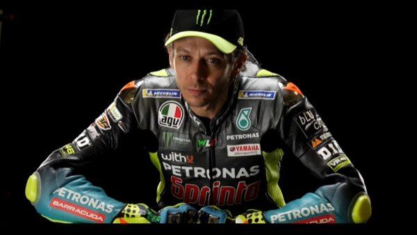 Behind the scenes of the Rossi-Morbidelli shoot (Petronas Yamaha SRT 2021) - GP Inside - Motor Informed