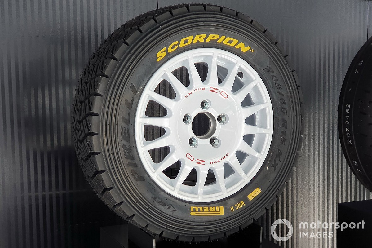 First exams of Pirelli dust tires for Toyota - Motor Informed
