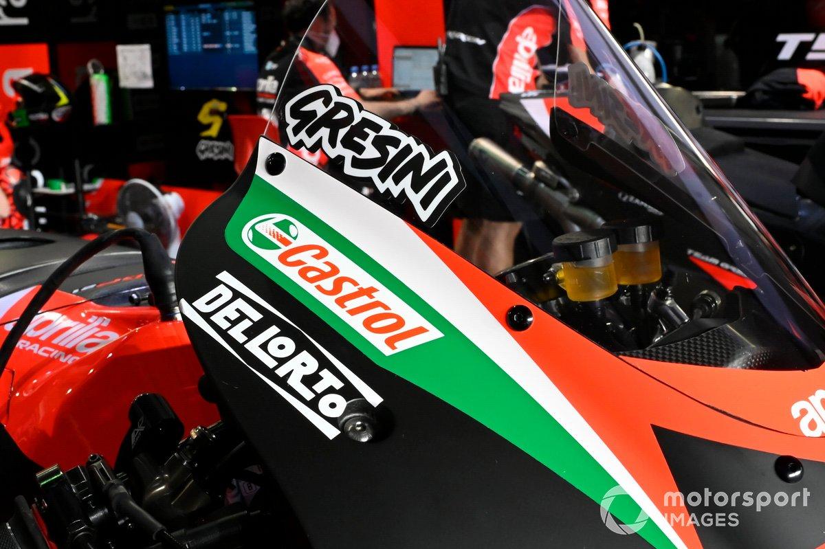 Fausto Gresini tribute on the Bike of Aprilia Racing Team Gresini