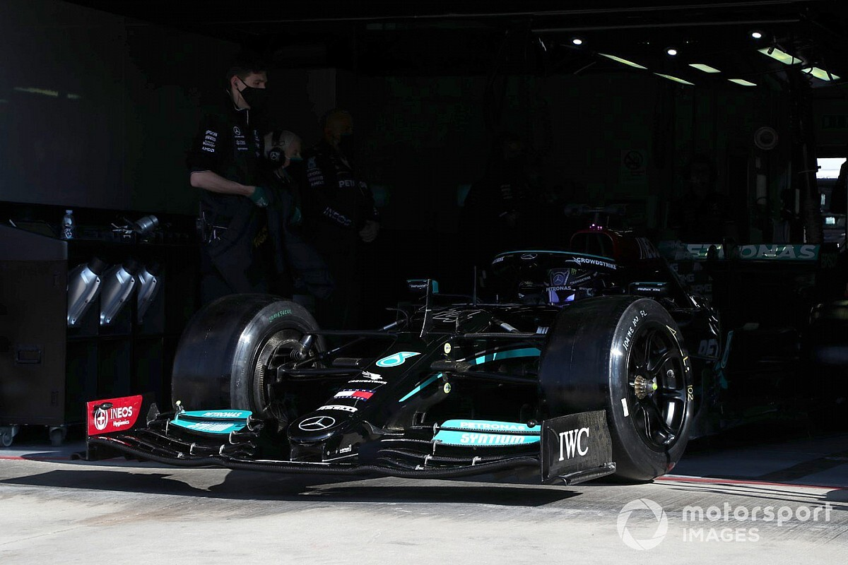 Hamilton comfortable to finish Pirelli F1 tyre take a look at reluctance with view to 2022 - Motor Informed