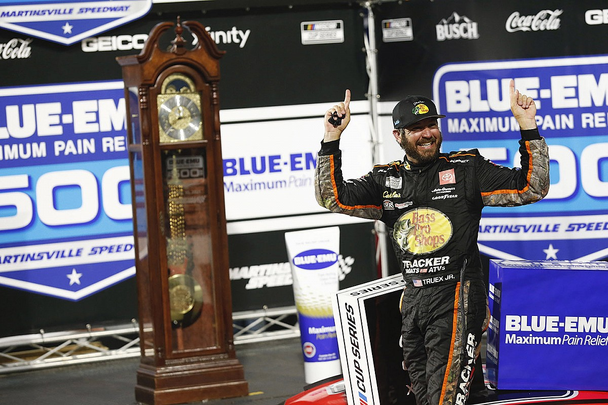 Truex holds on to win rain-delayed Martinsville NASCAR Cup race - Motor Informed