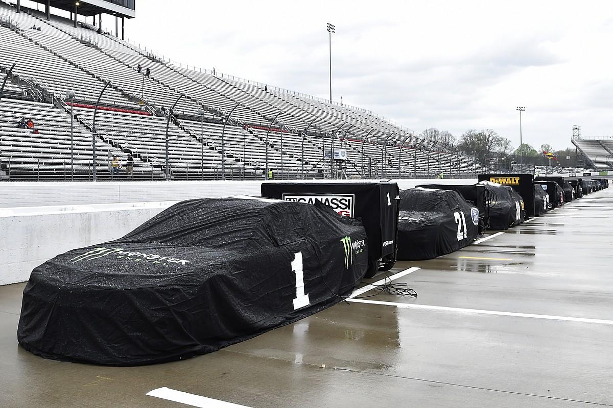 Rain postpones NASCAR Martinsville race till Sunday - Motor Informed
