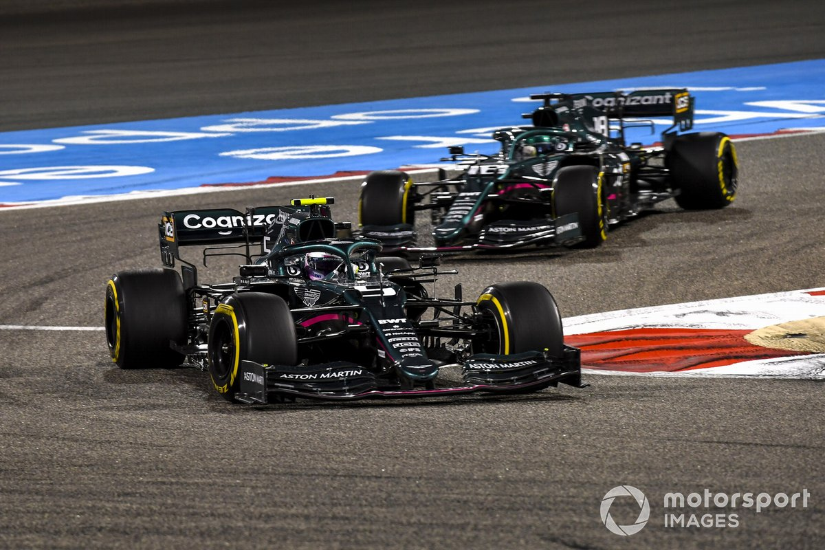 Sebastian Vettel, Aston Martin AMR21, Lance Stroll, Aston Martin AMR21