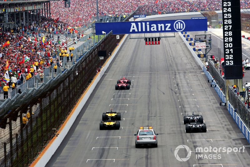 The start of the race with only six cars