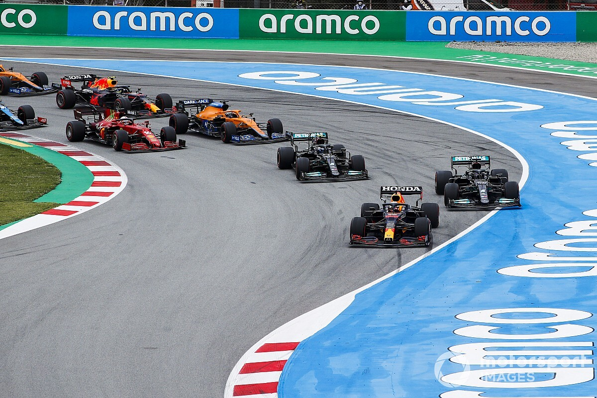 Hamilton and Mercedes entice Verstappen in technique! - Motor Informed