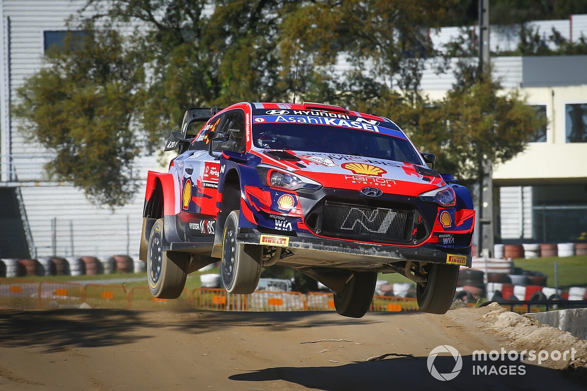 SS1 to three - Dani Sordo and Hyundai above the group in Portugal - Motor Informed