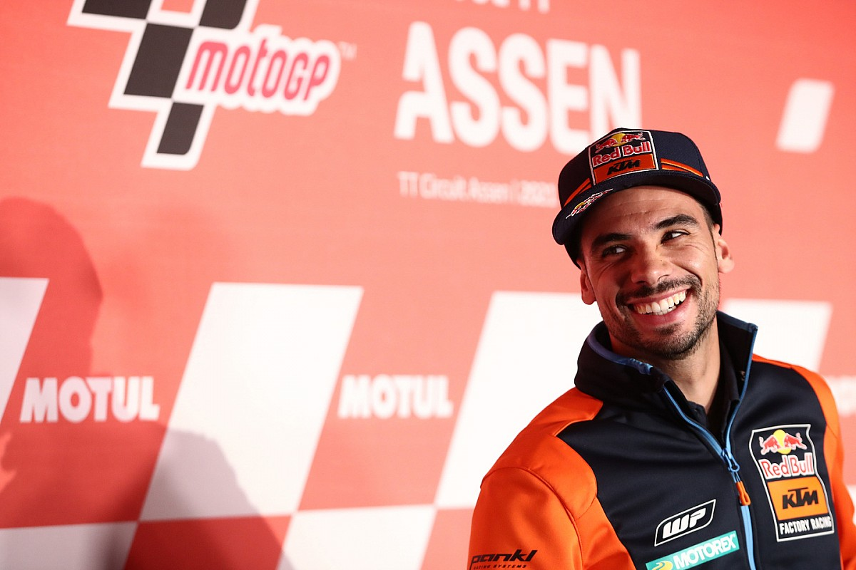 Miguel Oliveira confirms he will likely be at KTM in 2022 - Motor Informed