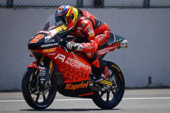 Rodrigo passes the second - GP Inside - Motor Informed
