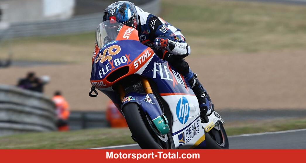 Hector Garzo in the wet front, Marcel Schrötter 16. - Motor Informed