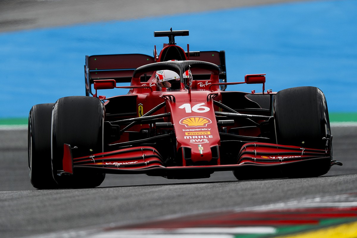 """Leclerc can be able to """"sacrifice 2021 to be aggressive in 2022"""" - Motor Informed"""