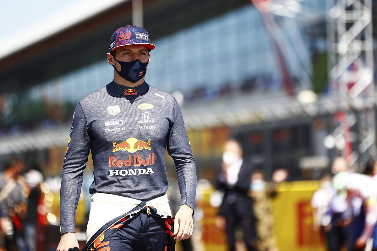 Verstappen hospitalized after accident at Silverstone - Motor Informed