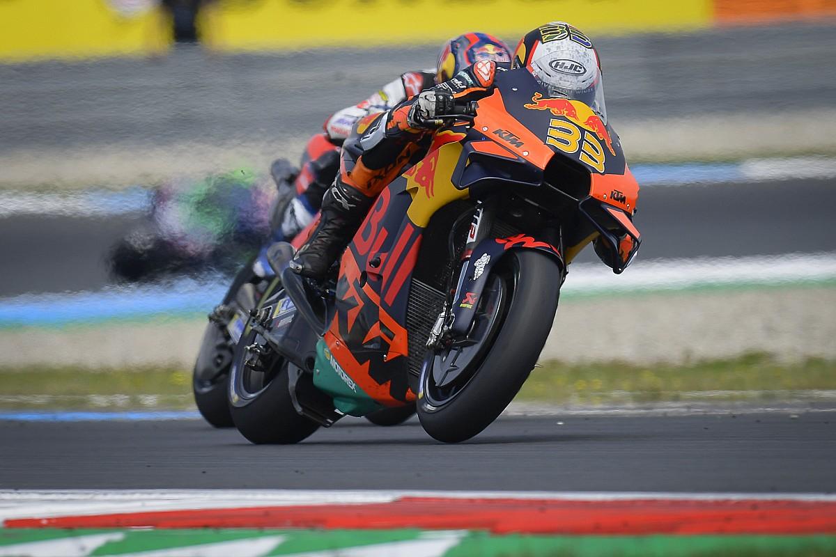"KTM ""trusted"" its MotoGP expertise system ""a yr sooner than we wished"" - Motor Informed"