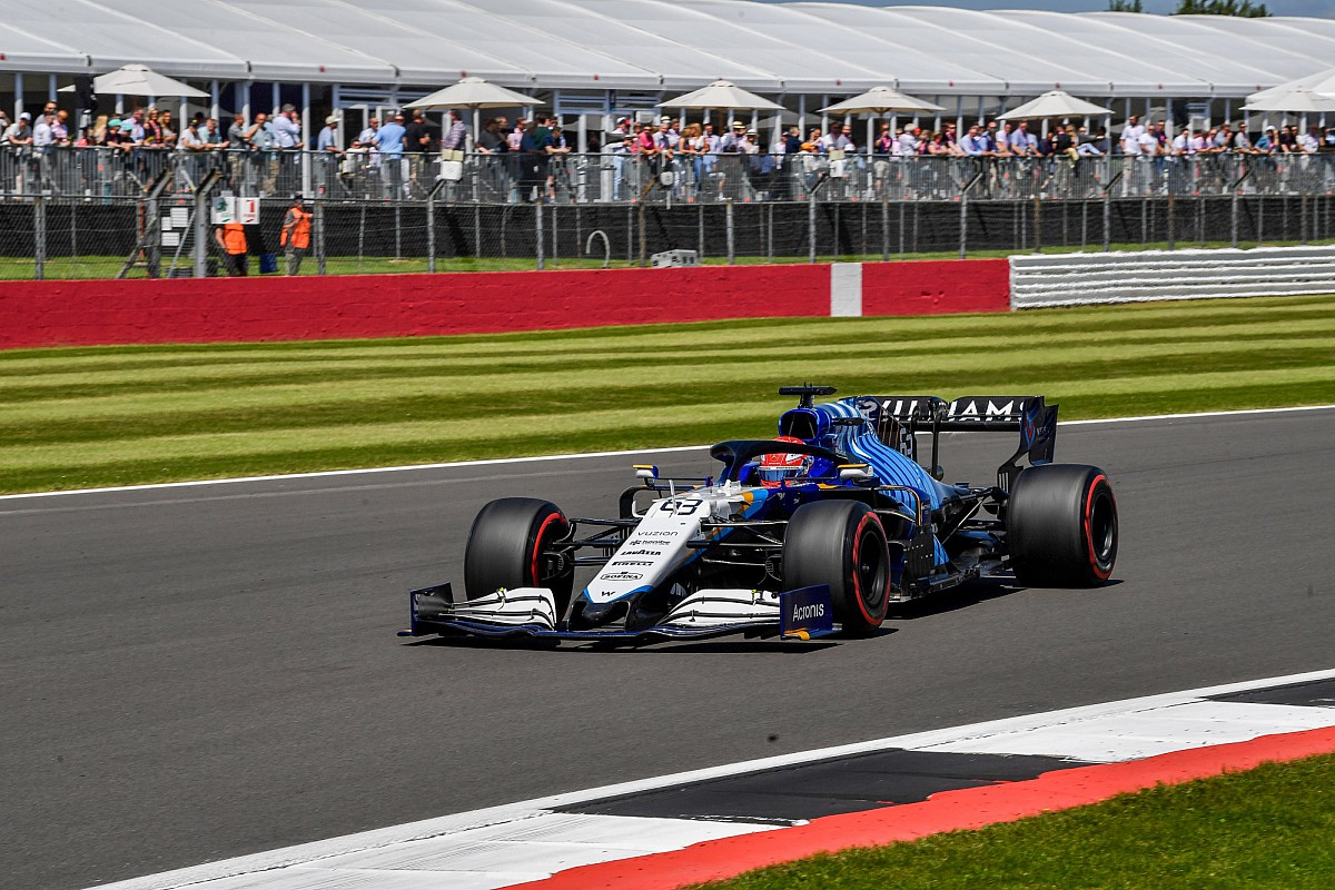 Russell hit with British GP grid penalty for Sainz incident in F1 dash - Motor Informed