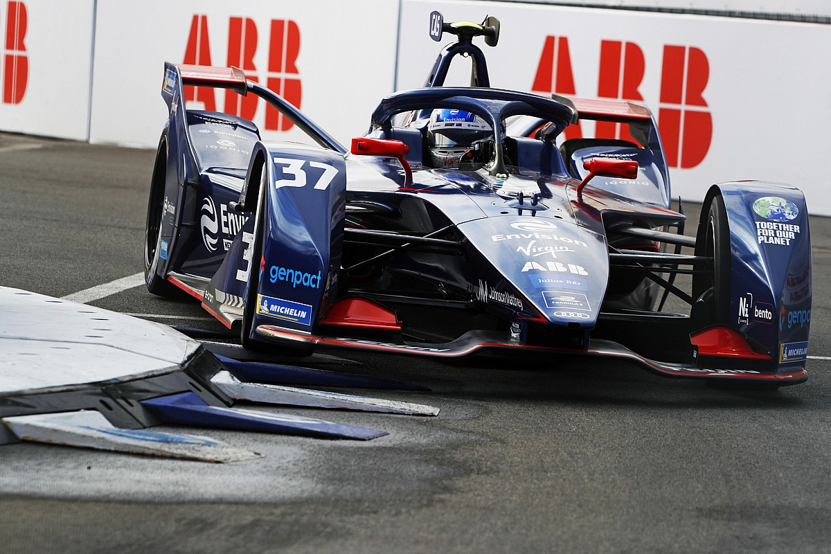 New York E-Prix: Cassidy claims pole, factors chief Mortara final - Motor Informed