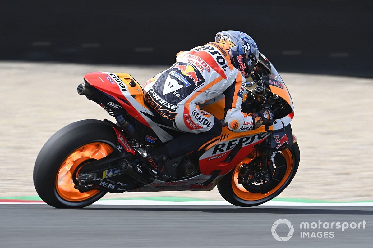 """Espargaro battling """"weak spot of data"""" on Honda MotoGP bike - Motor Informed"""