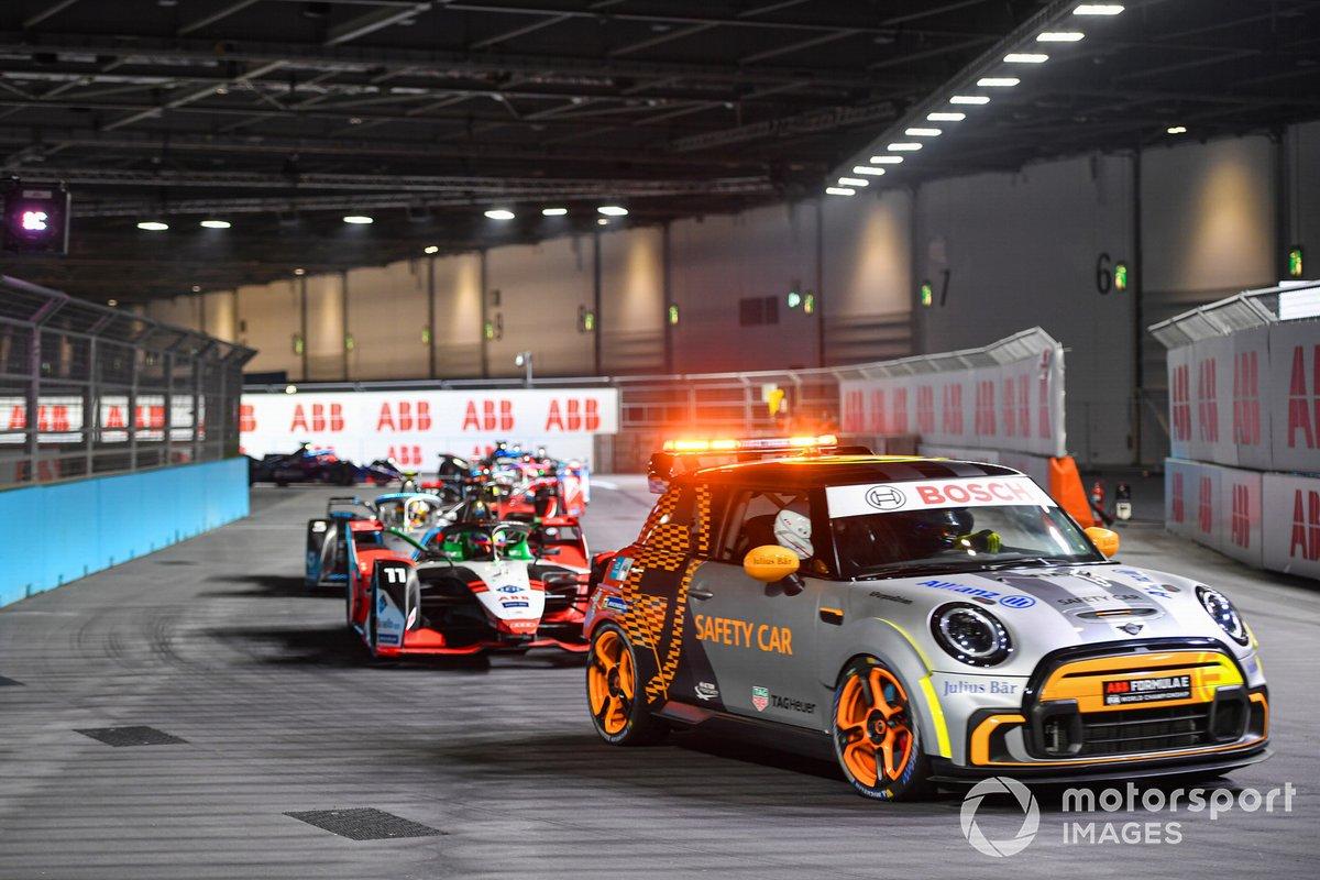 The Safety Car Lucas Di Grassi, Audi Sport ABT Schaeffler, Audi e-tron FE07