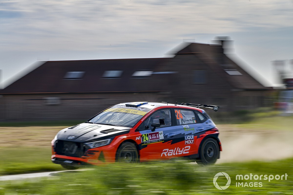 Solberg near a promotion at Hyundai - Motor Informed