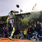 Rossi's lap of honor in images - GP Inside - Motor Informed
