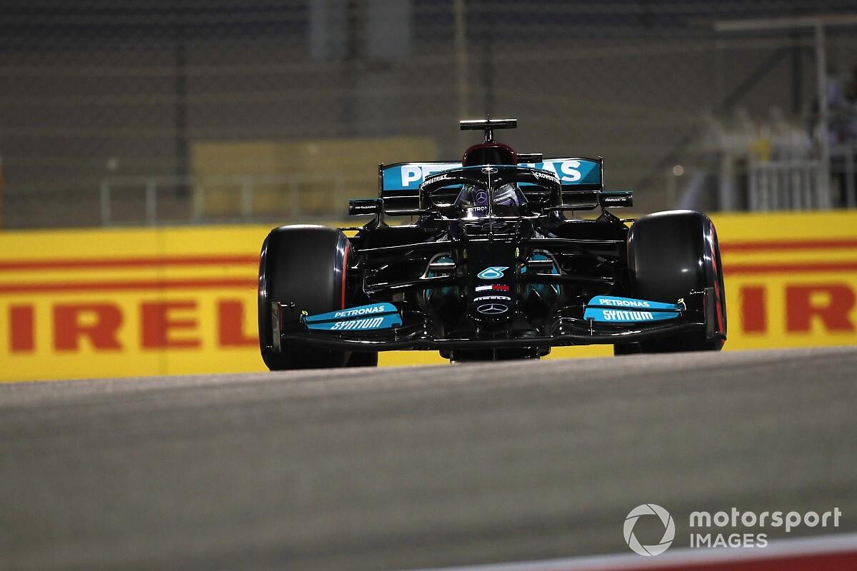 Bahrain GP: Hamilton holds off Verstappen to win epic race - Motor Informed
