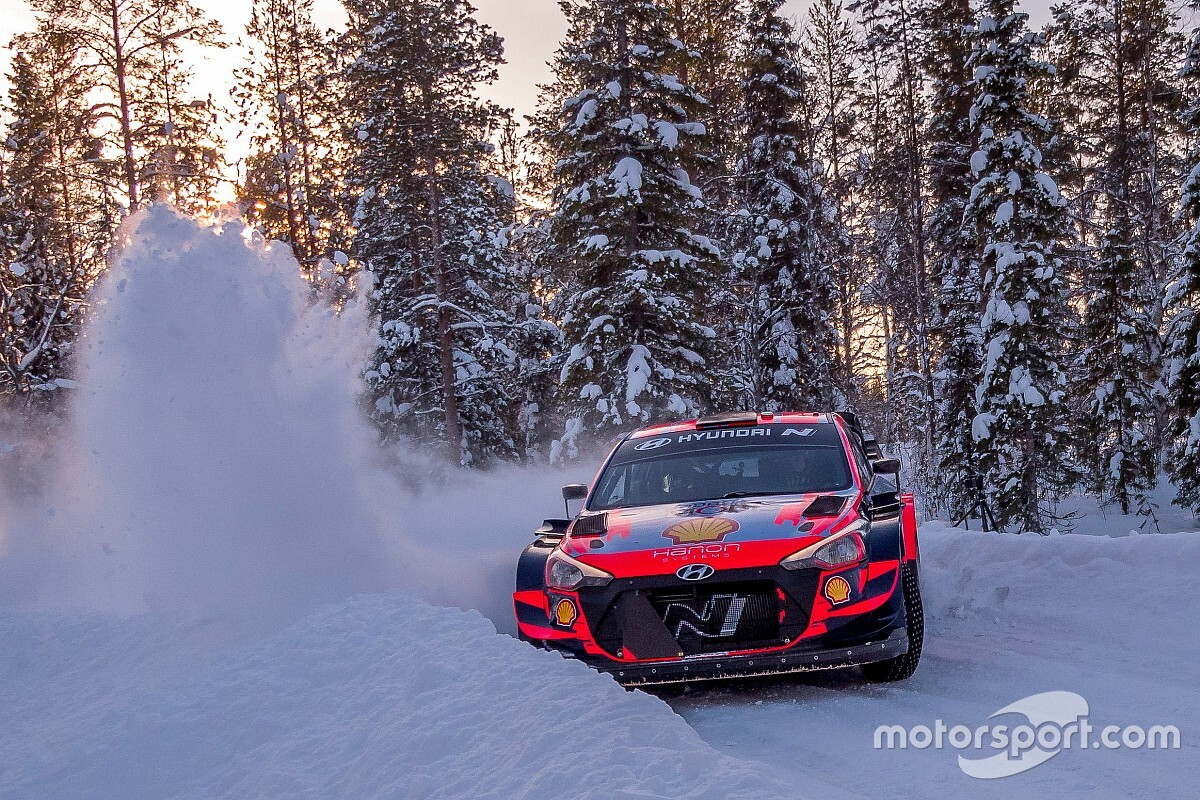 Final check-in earlier than Arctic Rally Finland 2021 - Motor Informed
