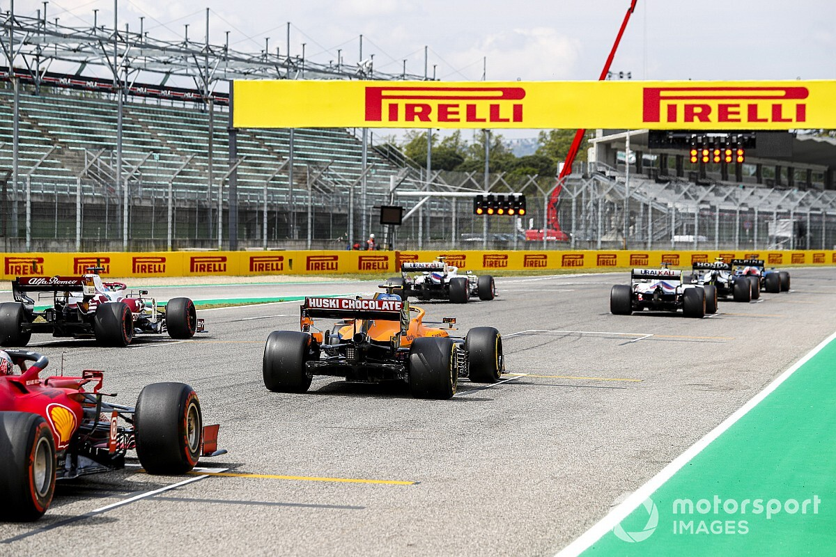 F1 approves dash races plan at three rounds in 2021 - Motor Informed