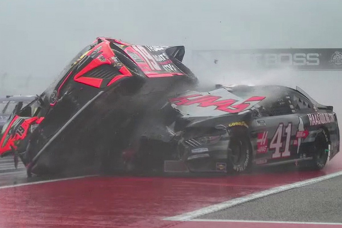 NASCAR pink flags COTA race as rain and poor visibility sparks chaos - Motor Informed