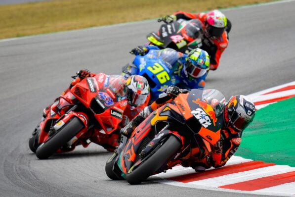 Espargaro annoyed by the ability of Ducati and KTM - GP Inside - Motor Informed