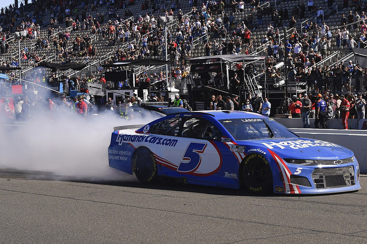 NASCAR Sonoma: Larson continues domination with newest win - Motor Informed